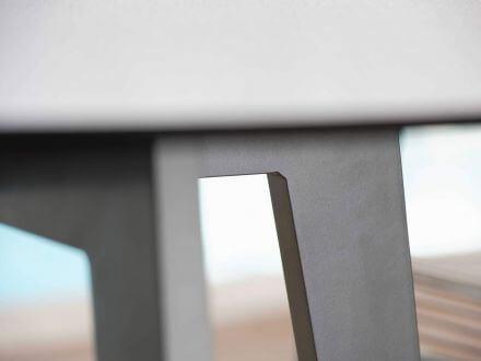 Vorschau: Detailbild Alu-Untergestell anthrazit