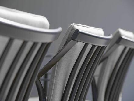 Vorschau: Stern Vanda Sessel anthrazit mit Auflage seidengrau