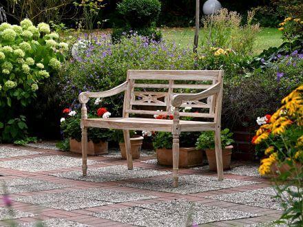 Vorschau: Lünse Teakholz Gartenbank Ornament Ambientebild