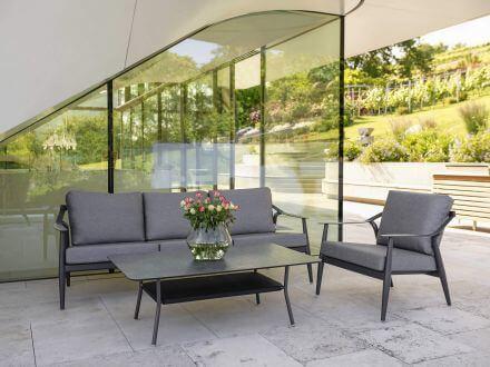 Vorschau: Stern Vanda 3-Sitzer Sofa anthrazit mit Auflage seidengrau