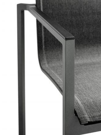 Vorschau: Stapelsessel Clauss - Detailbild Aluminium Armlehnen