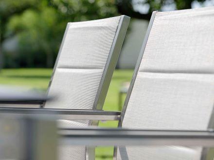 Vorschau: Sitz- und Rückenfläche mit komfortabler Polsterung