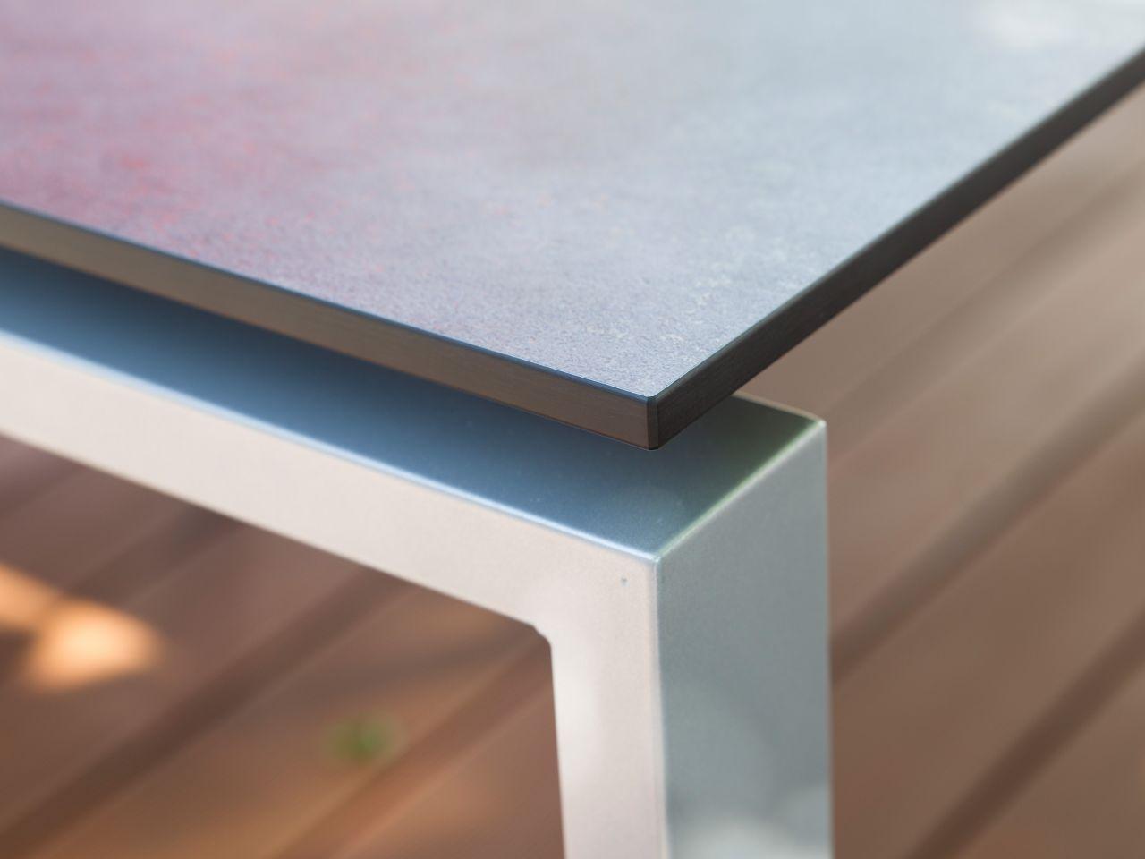 Gestell FLOAT - Tischplatte mit schwebender Optik