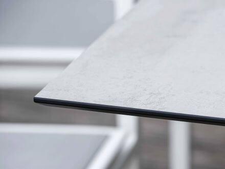 Vorschau: Stern Tischplatte Silverstar 2.0 Dekor Zement hell Ambientebild