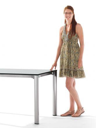 Vorschau: Diesen Gartentisch passen Sie an Ihre Bedürfnisse an