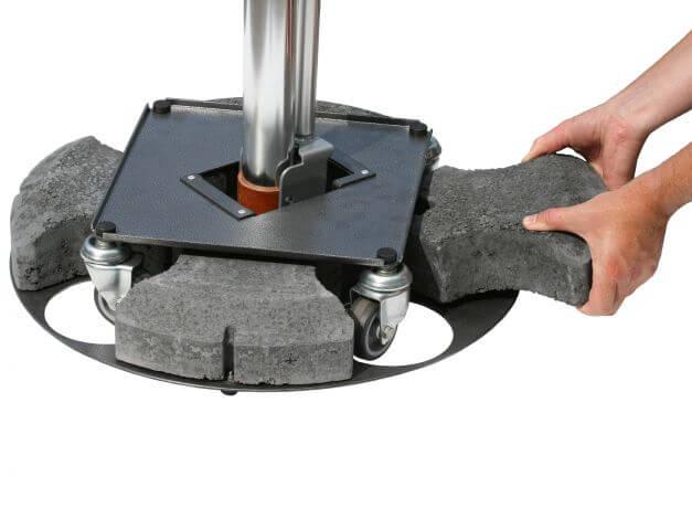 4 einzeln herausnehmbare Beton-Gewichtssegmente