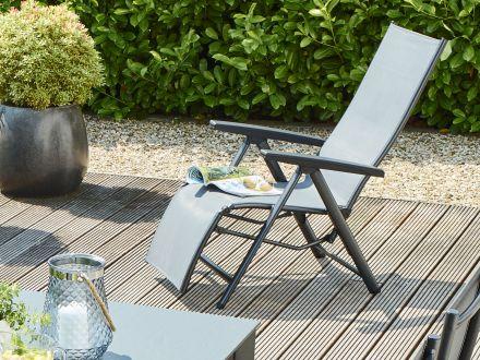 Vorschau: Kettler Cirrus Relaxsessel im Garten