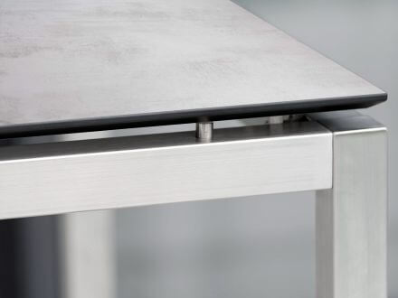 Vorschau: Stern Tisch Edelstahl Vierkantrohr mit Silverstar 2.0 Zement hell