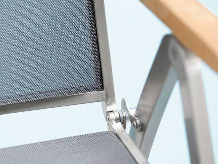 Vorschau: Detailbild Textilenbezug silbergrau & Teakarmlehne