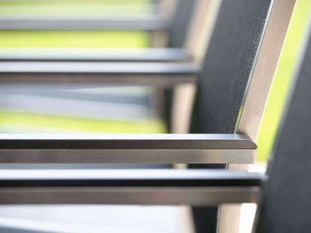 Vorschau: Detailbild Cardiff Armlehnen aus Aluminium