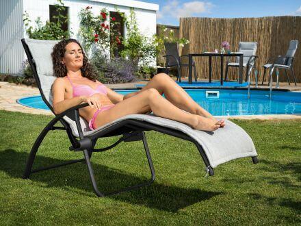 Vorschau: Entspannung im Garten mit der Bäderliege Tampa von Kettler
